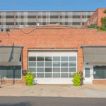 Exterior photograph of 323 Foster St. Suite 300